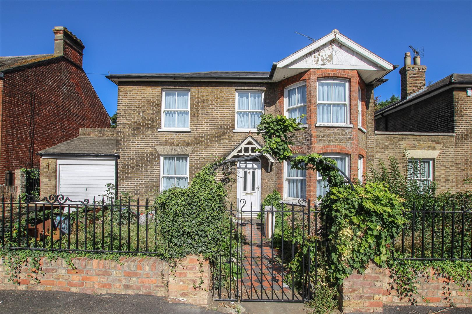 Crescent Road, Warley, Brentwood